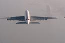 两位 Jetman:A380,就让我们做你的护法吧!