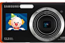 Video: Samsung's TL220 and TL225 cameras add a LCD in front to help with your self-portraits