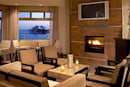 Malibu Beach Inn lets you request room service via iPhone / iPod touch