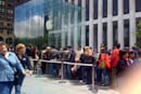 iPhone line forms at Apple's flagship for absolutely no reason