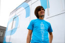 Engadget's CES giveaway: win an Engadget t-shirt!