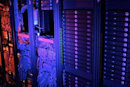 US federal government to close 800 data centers, walk into the cloud