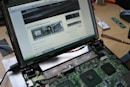 ASUS Eee PC 900 gets livened up with touchscreen