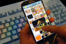 Galaxy S IV dam springs another leak with floating touch and SmartPause videos