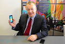 Lumia 900 owner vents Windows Phone 8 frustrations, Stephen Elop responds