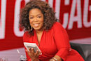 """Oprah calls Kindle """"her new favorite thing,"""" gives everyone $50 off"""