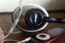 Modder merges Bose headphones with inline Apple remote, shows you how (video)