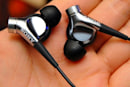 Video: Sony's MDR-NC300D noise-canceling canal earbuds