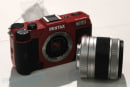 Pentax's Q10 mirrorless shows its tiny sensor to the world, we give it the hands-on treatment (video)