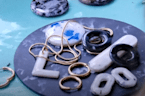 Russian souvenir shop creates jewelry out of plastic waste