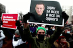 WH calls on Russia to release Alexei Navalny