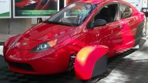 スポーティーな三輪自動車 Elio Motors、都市型コミューターの改良版プロトタイプ「P5」を出展