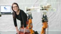 改造ルンバにノコギリ搭載。MITがカスタム家具向け自動木工システムAutoSawを発表(動画)