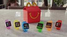 (更新)マクドナルド、北米でハッピーセットの付録に活動量計風「Step-It」を提供。子どもたちに運動を促す
