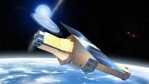 デブリ衝突?X線天文衛星ASTRO-H「ひとみ」が通信途絶。姿勢制御不能で降下中か