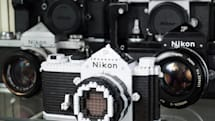Nikon Fの実機とナノブロック版をプロカメラマンがじっくり比較、「再現力がハンパない」