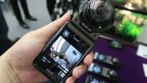 180度魚眼レンズ搭載の分離型デジカメEX-FR200をカシオが発表、カメラ部を2台接続し様々な連携撮影が可能