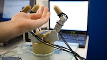 """Intel shows off robotic hand with """"Pre Touch"""" object conformation"""