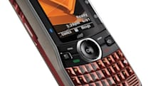Sprint follows Boost, gets Motorola Clutch i465 this summer