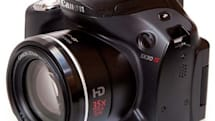 Canon's 35x SX30 superzoomer reviewed: dazzling specs don't trump sub-par performance