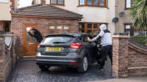 スマートキーを悪用した盗難を防ぐ、意外とシンプルで安価な方法をフォードが開発