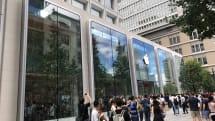 国内最大級の「Apple 丸の内」がオープン、みんなのお目当ては竹とトートバック