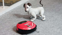 aiboが日立ブースの看板犬に。家電連携でお手伝い #CEATEC