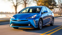 Toyota makes CarPlay and Alexa standard in the 2020 Prius