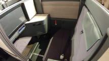 ANAの新ビジネスクラス「THE Room」は24インチ4Kモニター付きの快適スペースだった:旅人目線のデジタルレポ 中山智