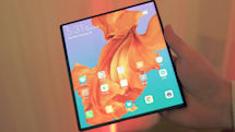 Huawei delays the launch of its foldable phone until September