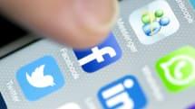 Facebook is testing a LinkedIn-like résumé feature