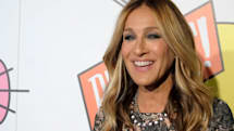 Airbnb offers Sarah Jessica Parker as your shoe shopping partner