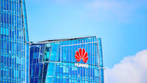 US charges Huawei with stealing trade secrets and violating sanctions