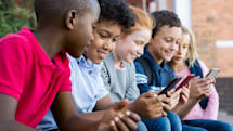 Apple delays kids app rule changes to help developers shape up
