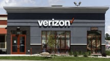 Verizon temporarily drops the 5G fee on its most expensive data plans