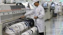 アップル、中国外へ生産拠点の大規模な移転をサプライヤーに要請?(日経報道)