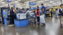 米ウォルマート、1000店にAIカメラ監視技術導入。未払いの商品持ち出しを追跡
