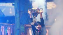 16歳のFortniteワールドカップ王者、賞金3億円超を獲得!マスターズのタイガーより高額