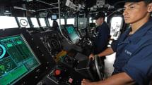 米海軍が駆逐艦からタッチパネルを撤廃、旧来のスロットル操縦に戻す