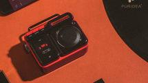 懐かしいラジカセデザイン。MP3プレーヤー内蔵のBluetoothスピーカー「MOCA」