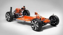 ボルボ、初の市販EVとなる「XC40」の電動パワートレインを公開