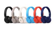 Beats Solo Pro、10月30日発売。ノイズキャンセルや「開くと電源オン」機能搭載、Siriにも対応