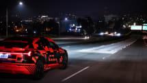 路面に文字や図形投影し運転支援するEV「アウディe-tron Sportback」。2020年欧州で発売