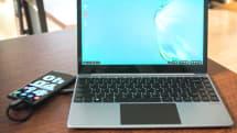 PCじゃない、ディスプレイとキーボードが一緒になった「ノートPC風ドック」を買ってみた