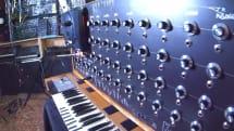 【動画】メガドライブをDIYシンセサイザーに改造。YM2612のあらゆるパラメータを操作して音作り