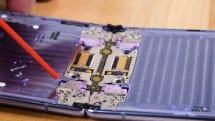 修理業者iFIxitがGalaxy Z Flipを分解、防じん性テスト。ホコリの完全な侵入阻止は困難