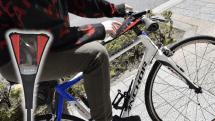 サンコーがネジ止めを使わない自転車用スマホホルダーバンドを発売