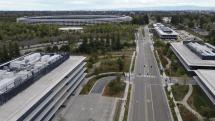 アップル本社の空撮ビデオが公開。新型コロナ対策のため人の気配が消滅