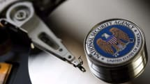 Former US national security officials back end-to-end encryption