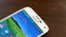 Samsung squeezed past Apple in consumer satisfaction for smartphones